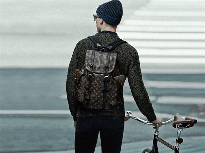 2014 fall new style louis vuitton backpack replica for men