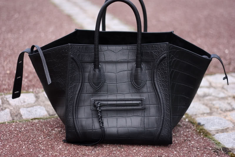 Replica Bag Review: Black Leather Celine Phantom Replica Bag